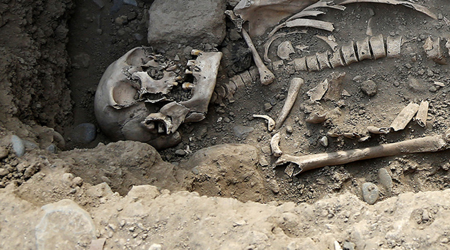 Mutilated 6,000yo skeletons show Neolithic people maybe not as peaceful as thought