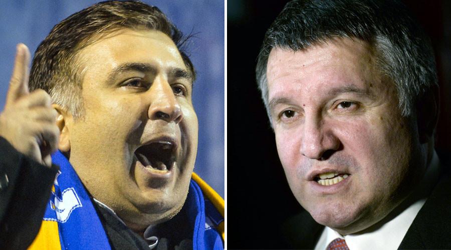 Odessa Region Governor Mikheil Saakashvili (L) and Ukrainian Interior Minister Arsen Avakov. ©Sputnik