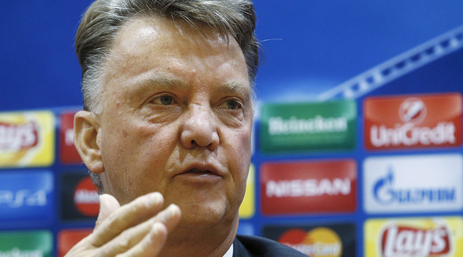 Manchester United in crisis: Is the club right to back Louis van Gaal?