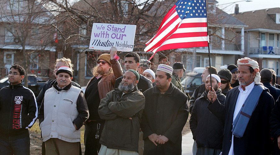 1st US town with majority Muslim city council unites around diversity