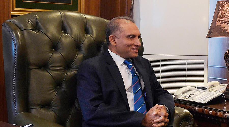 Pakistan's Foreign Secretary Aizaz Ahmad Chaudhry © Aamir Qureshi