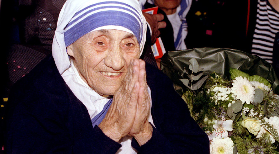 Mother Teresa to become Catholic saint as Pope Francis recognizes 2nd miracle