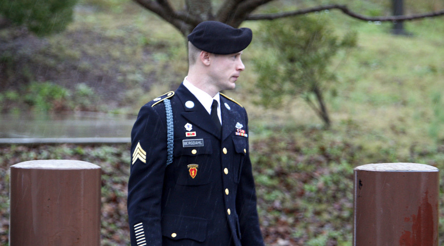 Bergdahl enters no plea in first court appearance