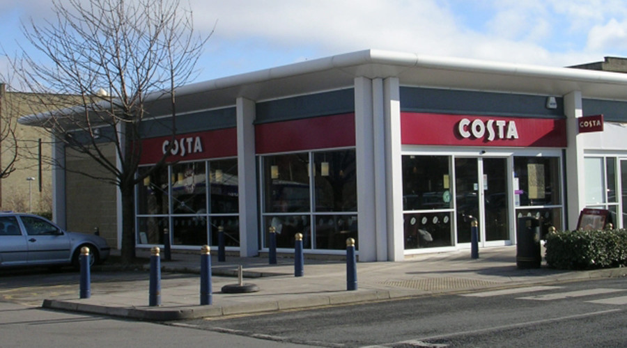 A Costa Coffee branch in Forster Square Retail Park, Bradford © wikipedia.org
