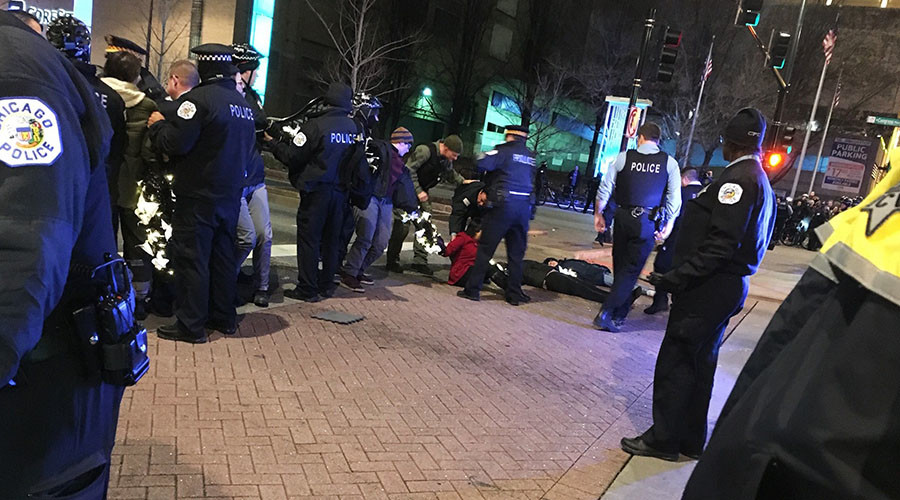 'Black Christmas' protesters block Chicago stores, 2 detained