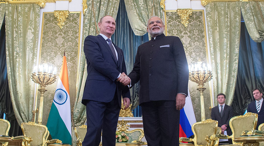 December 24, 2015. Russian President Vladimir Putin, left, and Indian Prime Minister Narendra Modi meet in the Kremlin. © Sergey Guneev
