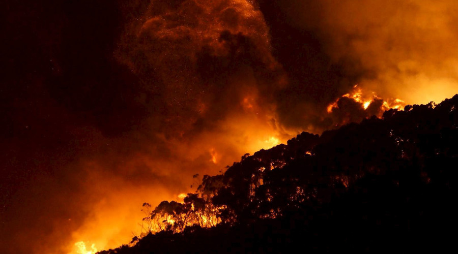Massive bushfires rage in Australia's state of Victoria on Christmas day (VIDEOS, PHOTOS)