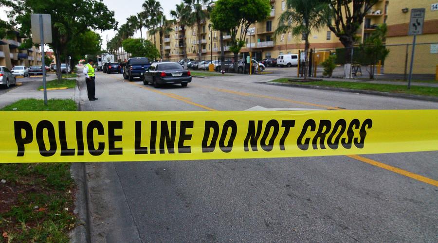 4 injured in Christmas shooting outside Alabama cinema