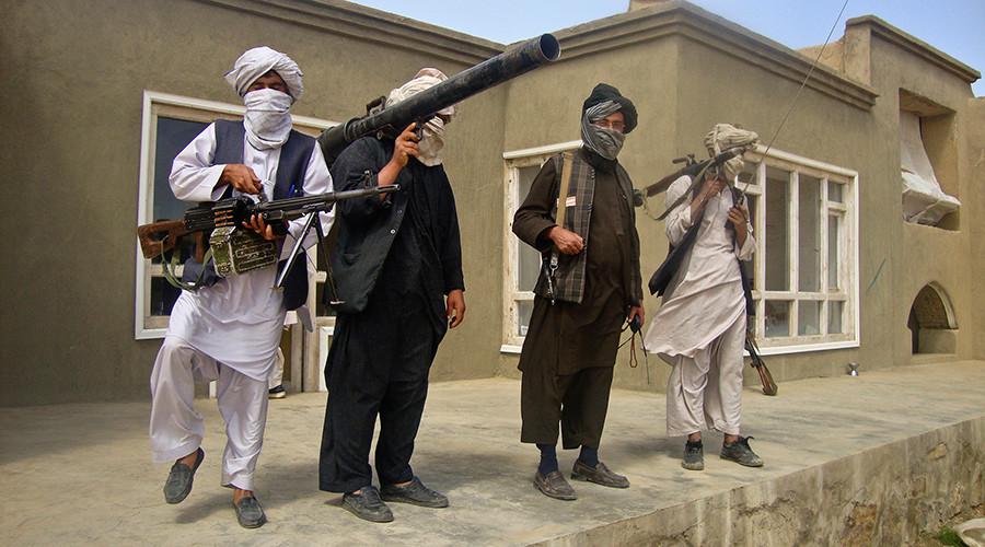 Taliban fighters © Stringer