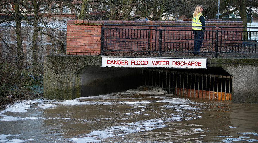 The River Foss flood barrier is pictured in York, Britain December 29, 2015 © Andrew Yates