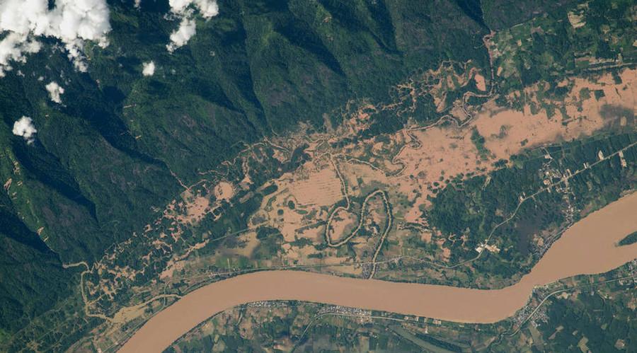 Flooding on the Mekong River floodplain, Thailand and Laos. © NASA