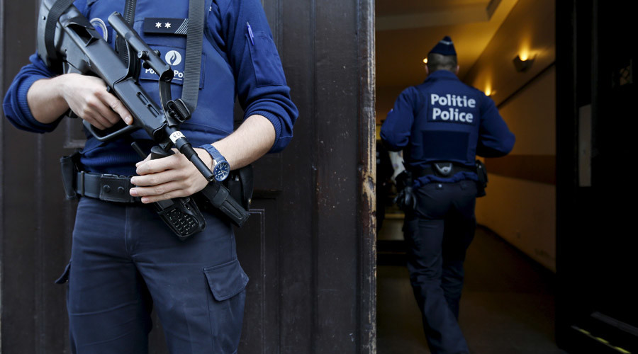 Belgian soldiers 'had orgy' with female cops during Brussels lockdown, paper claims