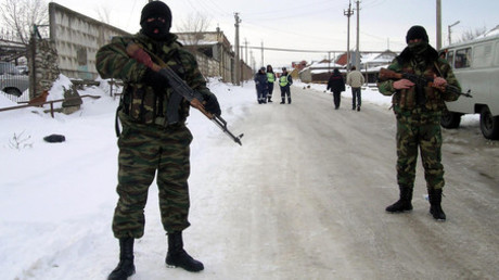 Special forces' soldiers on an anti-terrorist operation in the village of Khasavyurt, Dagestan. © Magomed Aliev