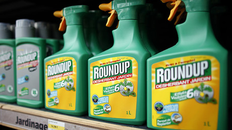 Glyphosate and Atrazine: EPA posts, then retracts, reports on top herbicide chemicals