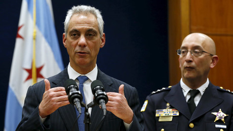 Chicago Mayor Rahm Emanuel (L) and interim Chicago Police Superintendent John Escalante © Jim Young