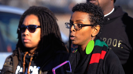 Miski Noor of Minneapolis and a Black Lives Matter organizer, speaks during a news conference march to city hall during a protest in Minneapolis, Minnesota November 24, 2015. © Craig Lassig