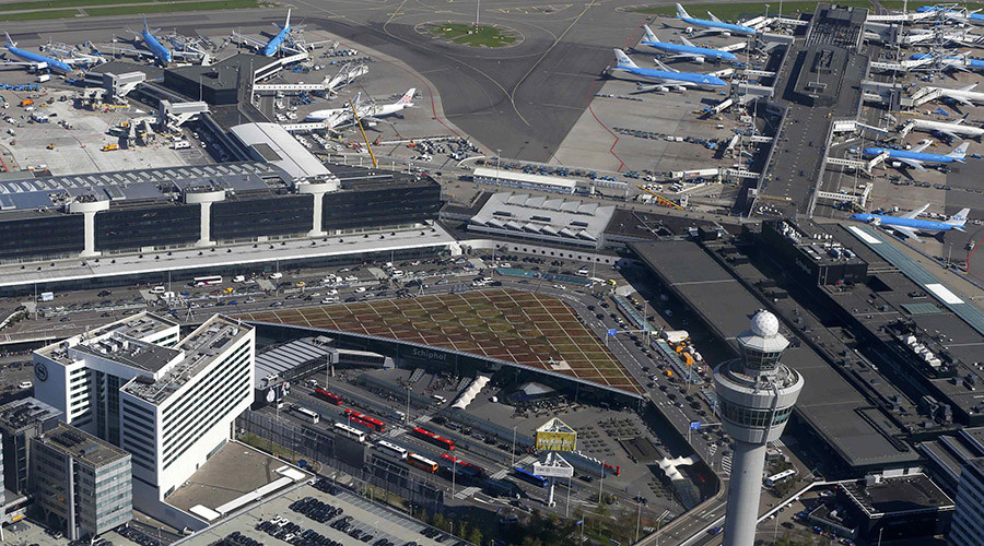 Aerial view of Schiphol airport near Amsterdam © Yves Herman