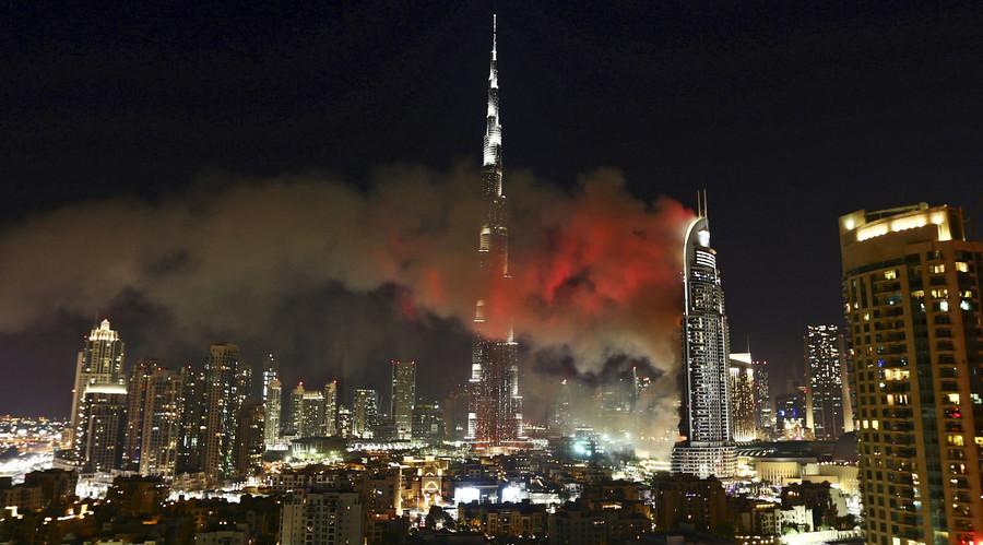 New fire in dubai tower engulfed in flames on new year s for New hotels in dubai 2016