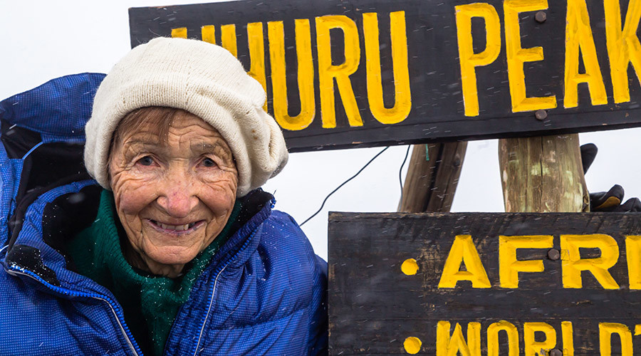 86yo woman conquers Kilimanjaro, dances up the mountain (PHOTOS, VIDEO)