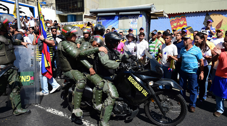 Thousands rally in Venezuela in support of new parliament (PHOTOS, VIDEOS)