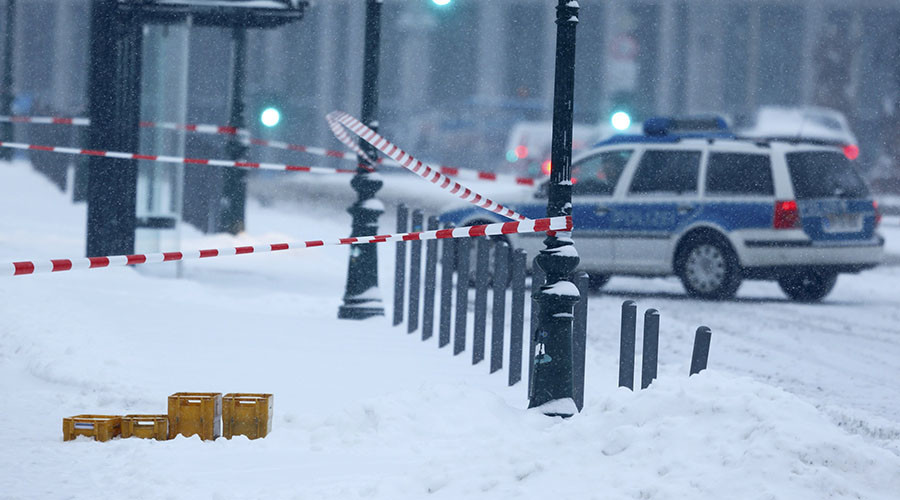 Angela Merkel office sealed off due to suspicious package