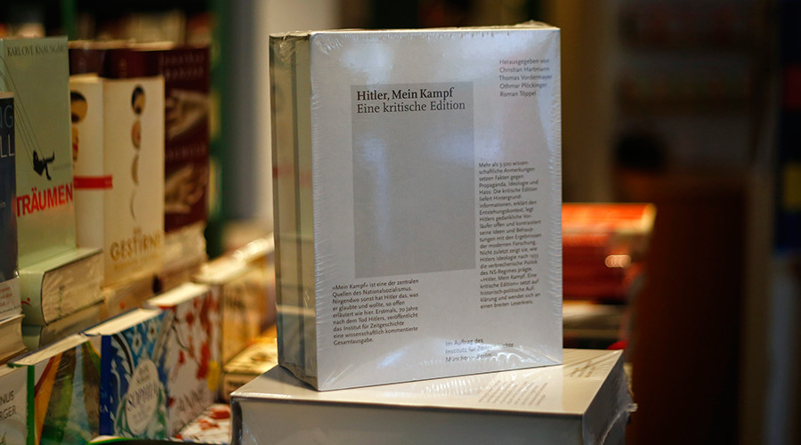 Copies of the book 'Hitler, Mein Kampf © Michael Dalder