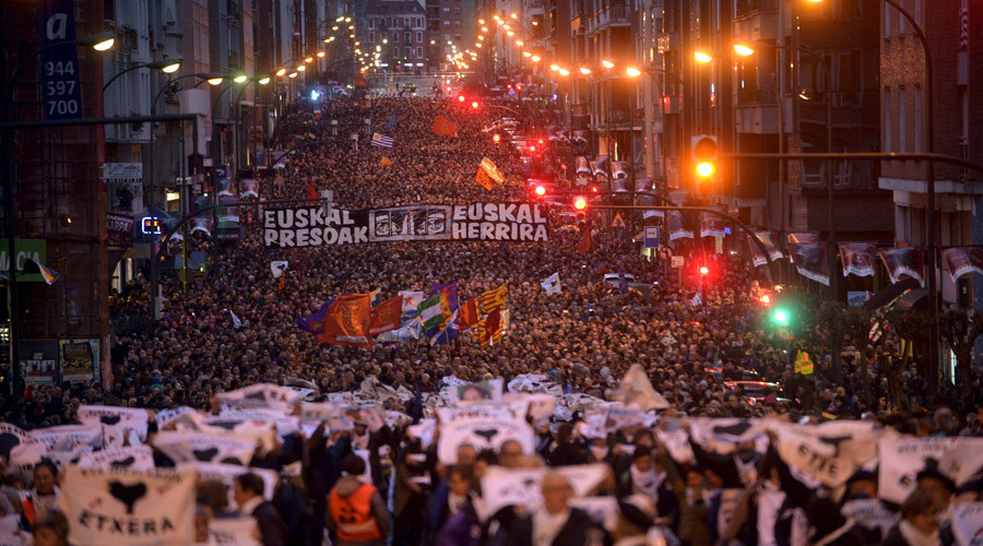 "Thousands of protesters carry a banner that reads ""Basque Prisoners to Basque Country"" as they take part in a demonstration in favour of the rights of prisoners from the armed Basque separatist organisation ETA, in Bilbao, January 9, 2016.  © Vincent West"