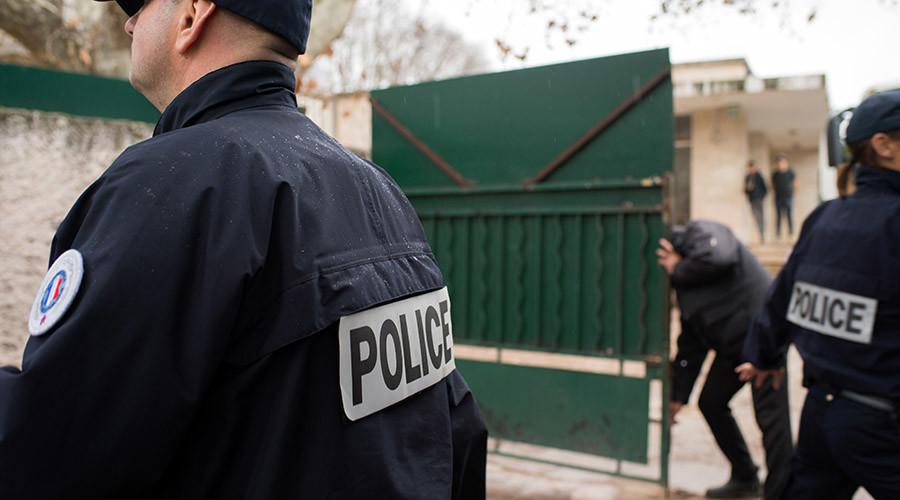 'For ISIS': Machete-wielding Turkish student assaults Jewish teacher in France