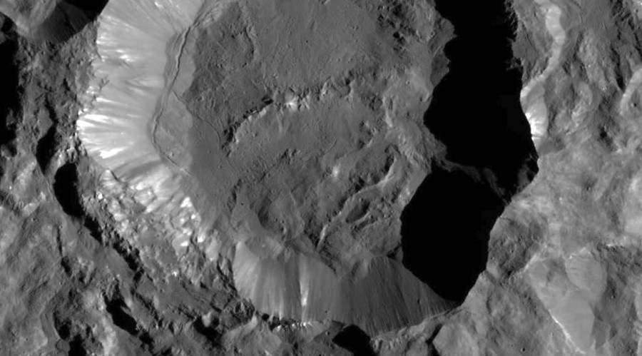 Ceres up close: New NASA photos of dwarf planet's crater dazzle with high-res details (PHOTOS)