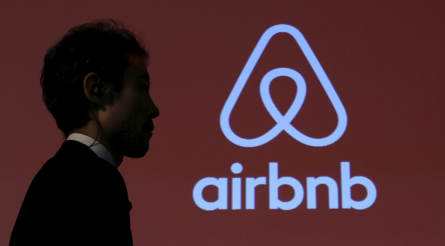 Airbnb accused of breaking UK laws by hotel lobbyists