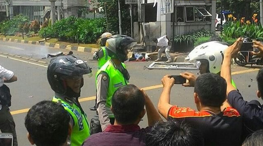 At least 7 dead as Jakarta rocked by multiple explosions, gunfire in ISIS-related attacks