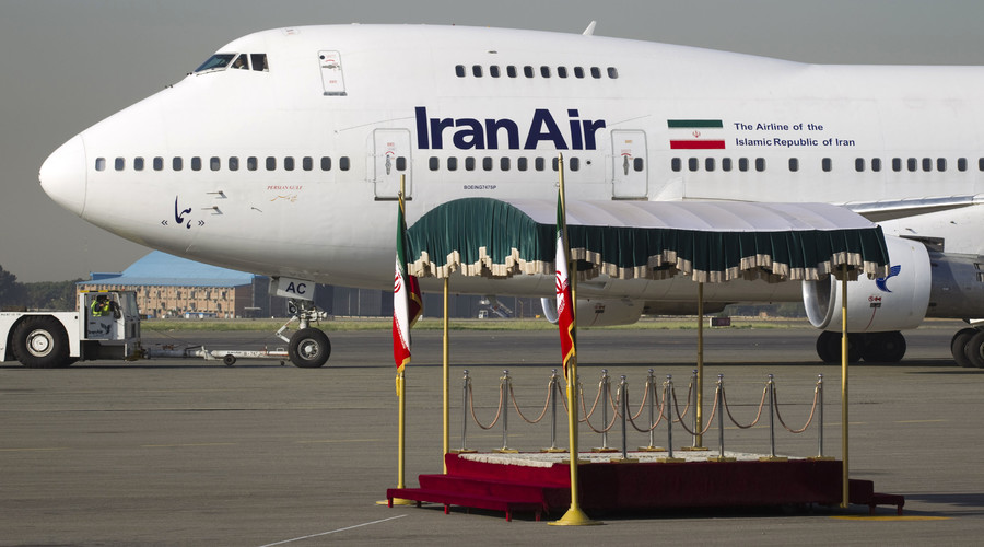 Obama lifts ban on selling passenger planes to Iran