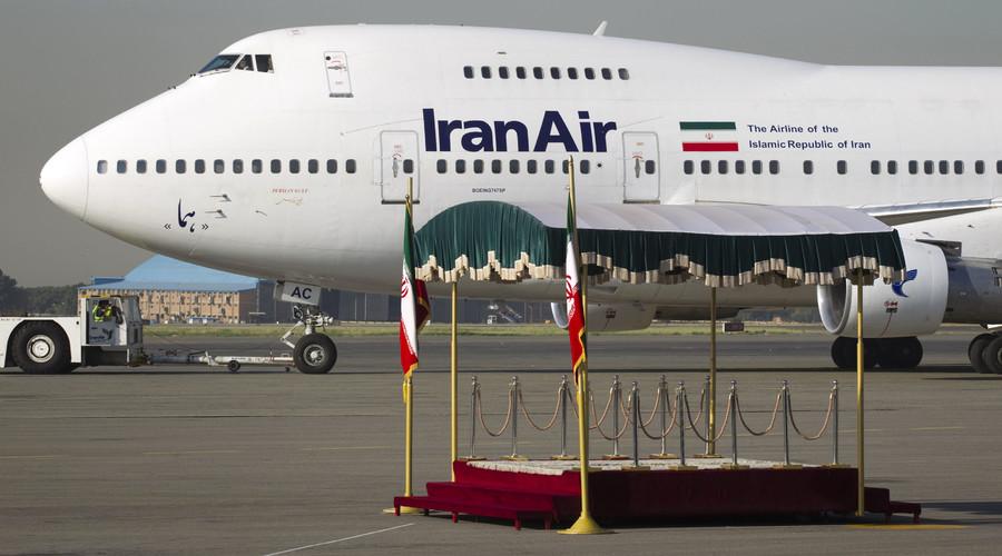 Obama lifts ban on selling passenger planes to Iran