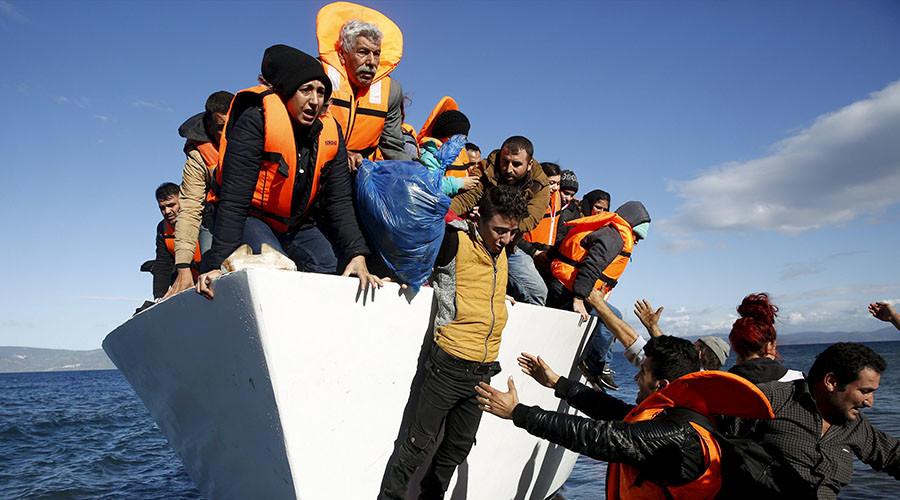 'Champions League criminals': Human smugglers grab $6bn in 2015