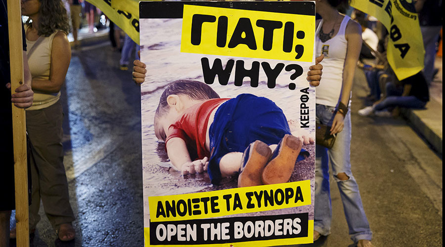 Charlie Hebdo: Inciting backward racist thinking amid EU migrant crisis
