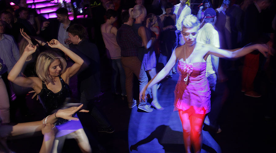 Danish nightspots bar migrants by introducing 'language controls'