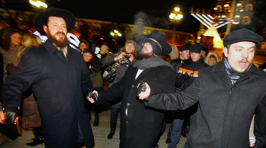 Jews celebrate Hanukkah on Manezhnaya Square in downtown Moscow. © Ruslan Krivobok