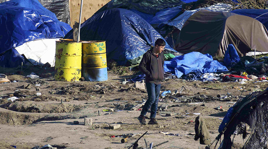 4 Calais refugees hoping to enter Britain set to make case for asylum