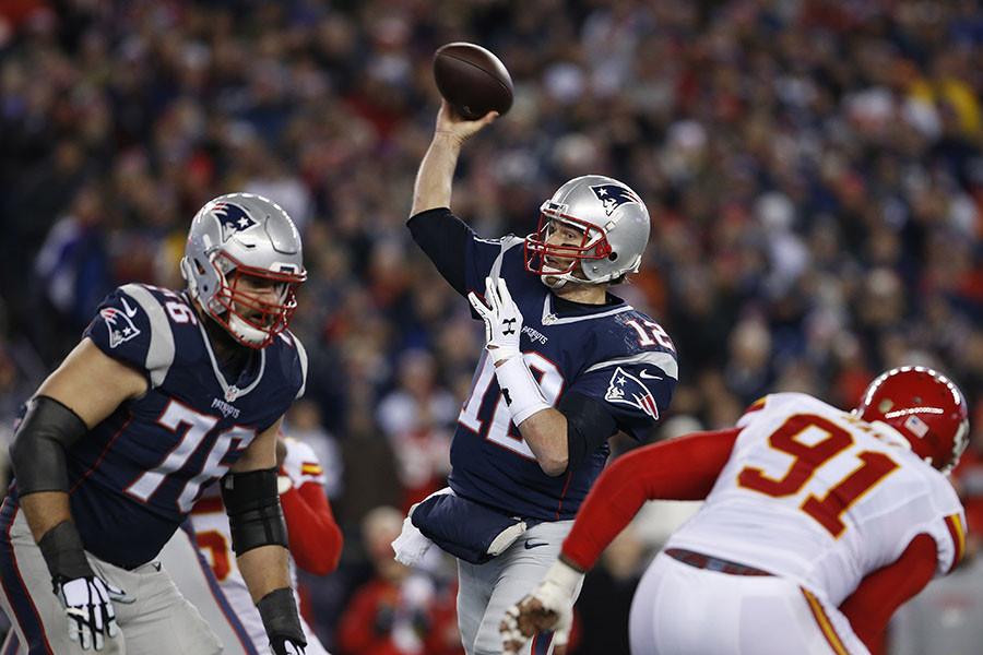 New England Patriots quarterback Tom Brady (12) ©David Butler II / USA TODAY Sports