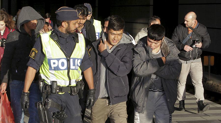 Immigration surge pushes up Swedish unemployment