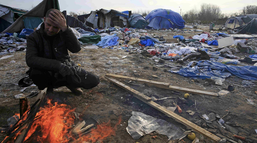 'Support our city!' Calais residents rally for peaceful life after port seizure by immigrants