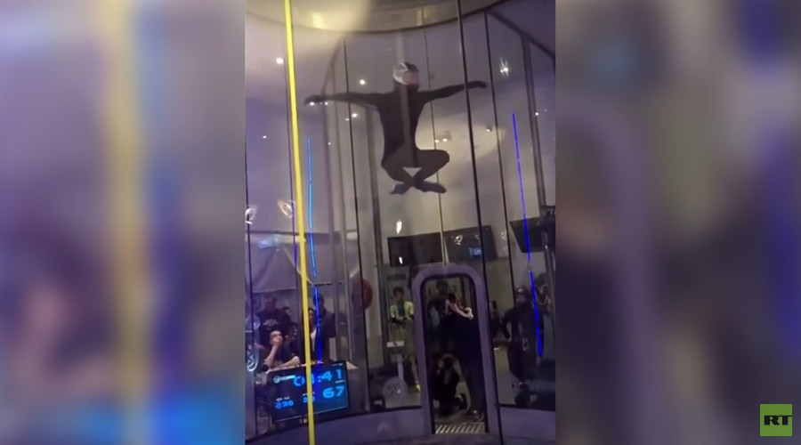 Watch Russian wind tunnel champion, Polish 16yo athlete do mind-blowing dances mid-air (VIDEO)