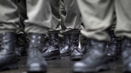 Boots of recruits of the Austrian armed forces © Lisi Niesner