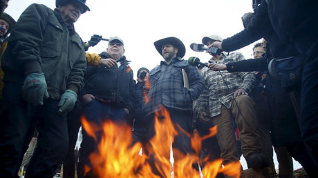 Ammon Bundy (C) meets with supporters and the media at Malheur National Wildlife Refuge near Burns, Oregon, January 7, 2016. ©Jim Urquhart