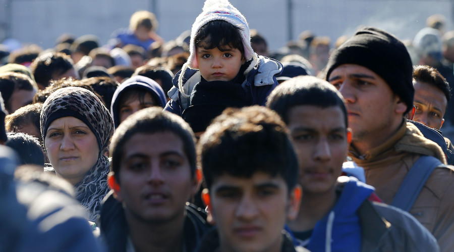Austria to deport 50,000 asylum seekers by 2019, will offer €500 to those leaving voluntarily