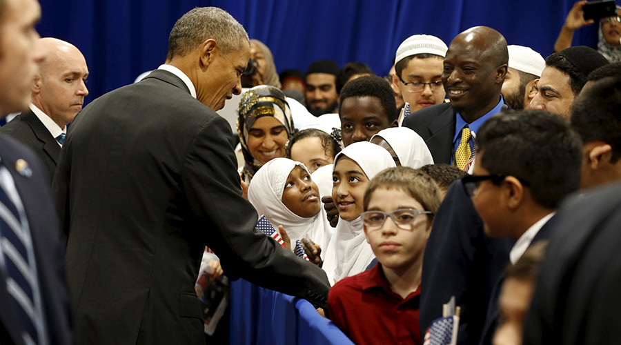 #TooLateObama: President criticized for mosque visit from left and right