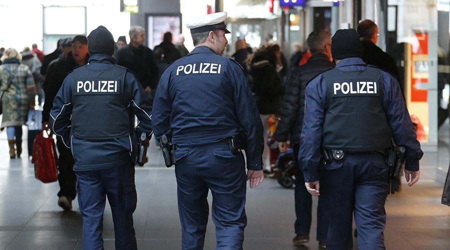 German police detain 4 alleged Islamists suspected of plotting attacks in Berlin