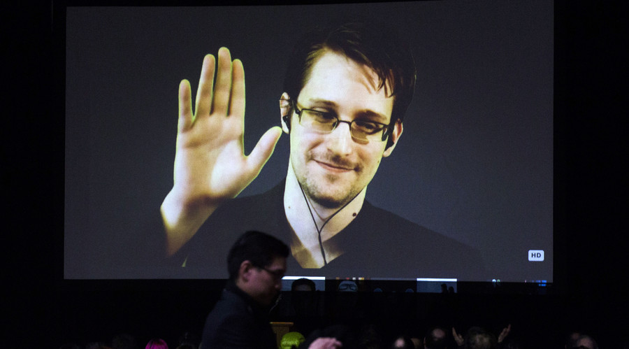 Denmark officially confirms US plane was in Copenhagen in June 2013 to fly Snowden to America
