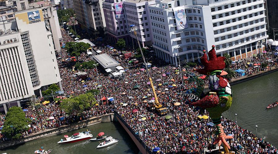 Carnival craziness, Mardi Gras madness (PHOTOS, VIDEOS)