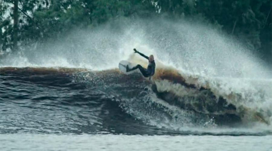 © surfingmagazine.com